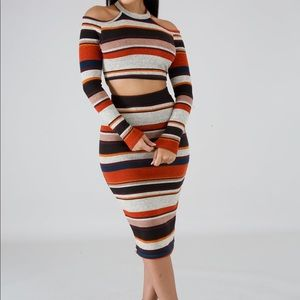 Dresses & Skirts - Striped Two Piece Skirt Set